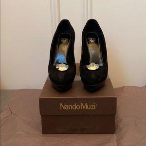 Nando Muzi black suede pumps